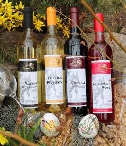 jarný balíček, víno, poháre na víno